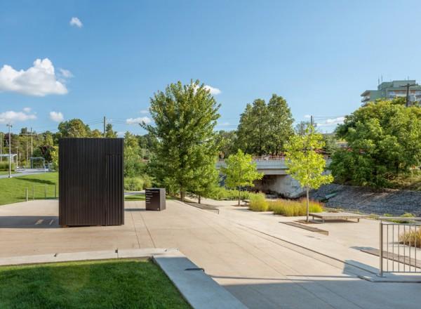 atelier-kastelic-buffey-AKB-the-story-pod-library-toronto-designboom-02