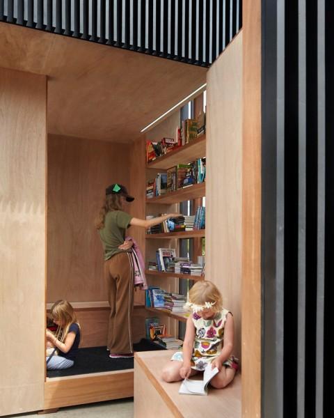 atelier-kastelic-buffey-AKB-the-story-pod-library-toronto-designboom-07