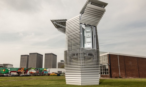 Smog-Free-Tower-by-Daan-Roosegaarde-3-1020x610