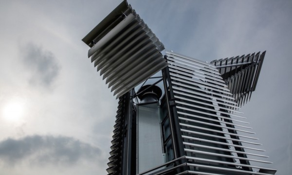 Smog-Free-Tower-by-Daan-Roosegaarde-4-1020x610
