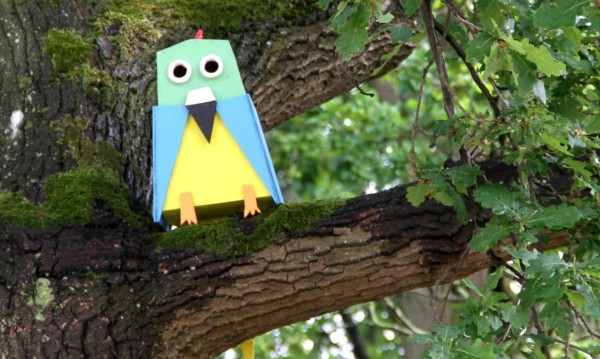 Thomas-Dambo-Scrapwood-Birdhouses-Bird-Shaped-1020x610